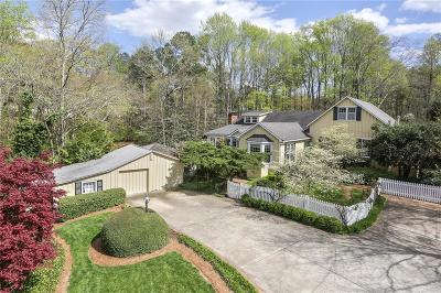 Marietta Single Family Home For Sale: 676 Kennesaw Avenue NW