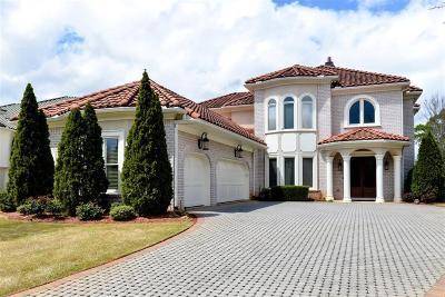 Marietta Single Family Home For Sale: 2285 Valla Parc Court