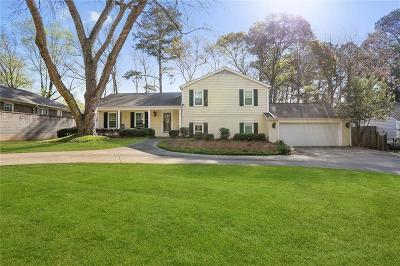 Dunwoody Single Family Home For Sale: 5633 Roberts Drive