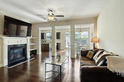 Smyrna Condo/Townhouse For Sale: 2309 Oakton Place #2309