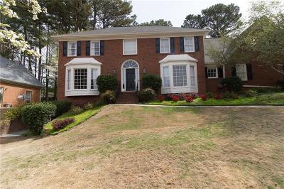 Peachtree Corners Single Family Home For Sale: 3875 Grand Forest Drive
