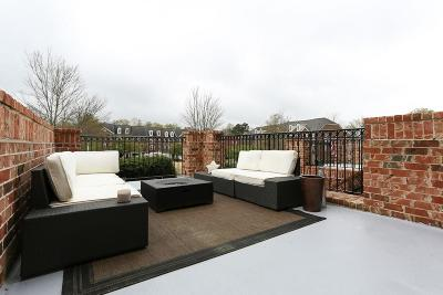 Roswell Condo/Townhouse For Sale: 6003 Waters Edge Trail #6003