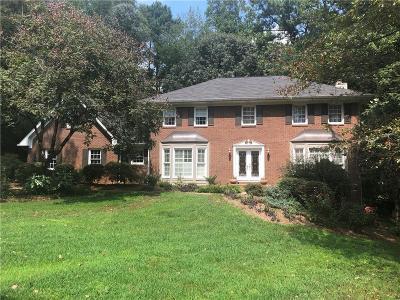 Marietta Single Family Home For Sale: 2694 Hidden Springs Court