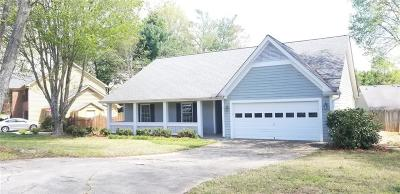 Alpharetta GA Single Family Home For Sale: $284,900