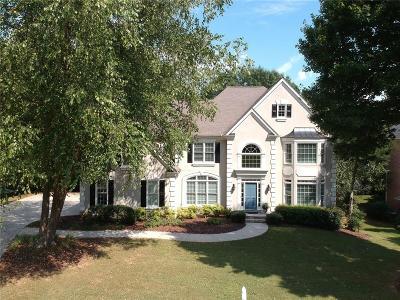 Alpharetta Single Family Home For Sale: 10490 Oxford Mill Circle