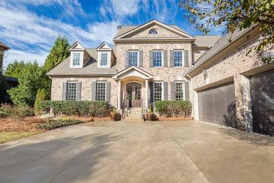 Sandy Springs Single Family Home For Sale: 105 Glengate Avenue