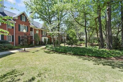 Brookhaven Condo/Townhouse For Sale: 1160 Brookhaven Glen NE