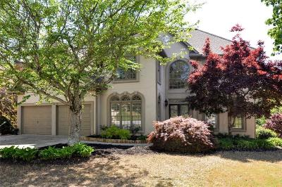 Easthampton Single Family Home For Sale: 4542 Rutherford Drive