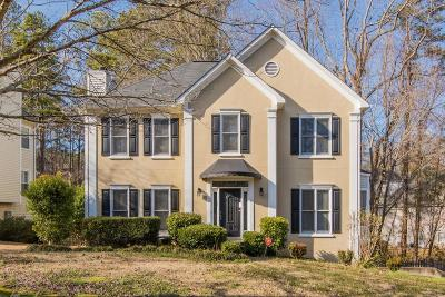 Kennesaw Single Family Home For Sale: 109 Lansing Drive NW