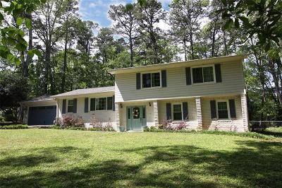 Marietta Single Family Home For Sale: 828 Hickory Drive SW