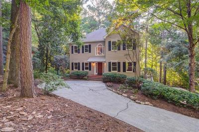 Kennesaw Single Family Home For Sale: 3188 Country Club Court NW