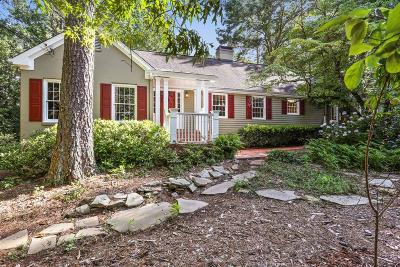 Sandy Springs Single Family Home For Sale: 8346 Berkley Ridge