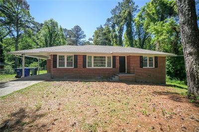 Single Family Home For Sale: 4140 Campbellton Road SW