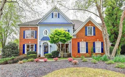 Forsyth County Single Family Home For Sale: 6239 Creekstone Path