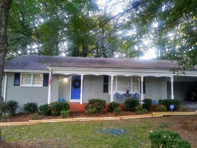 East Point Single Family Home For Sale: 2860 Dodson Lee Drive