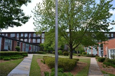 Chamblee Condo/Townhouse For Sale: 5200 Peachtree Road #3412
