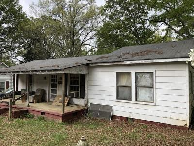 Acworth Single Family Home For Sale: 4473 Clarkdale Drive