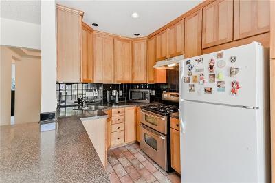Condo/Townhouse For Sale: 1705 Monroe Drive NE #A6