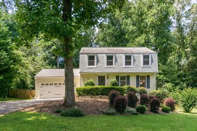 Marietta Single Family Home For Sale: 259 Pinehurst Lane
