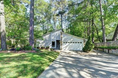 Peachtree Corners, Norcross Single Family Home For Sale: 4416 Springfield Drive
