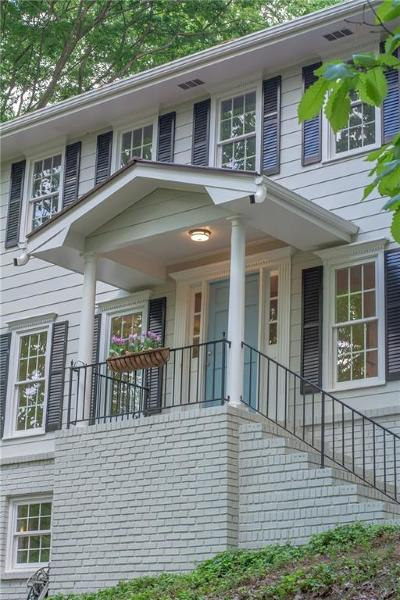 Berkeley Lake Single Family Home For Sale: 813 Lakeshore Drive