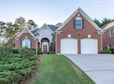 Alpharetta Single Family Home For Sale: 925 York Cove