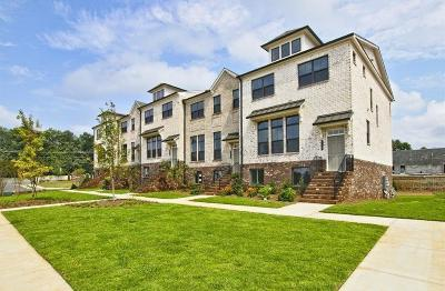 Roswell Condo/Townhouse For Sale: 705 Fairview Circle