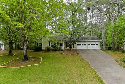 Roswell Single Family Home For Sale: 350 Tyson Circle