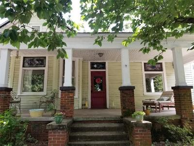Single Family Home For Sale: 657 Bryan Street SE