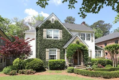 Single Family Home For Sale: 3300 W Shadowlawn Avenue NE