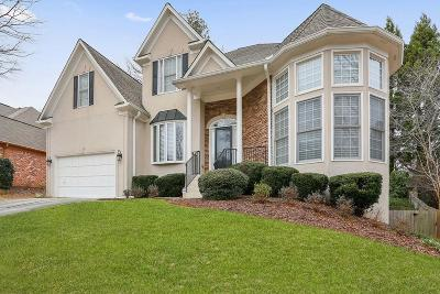 Peachtree Corners Single Family Home For Sale: 3720 River Hollow Run