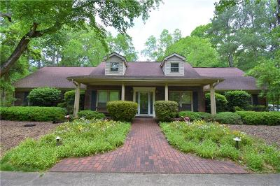 Woodstock Single Family Home For Sale: 2251-A E Cherokee Drive