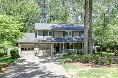 Dunwoody Single Family Home For Sale: 2718 E Sudbury Court