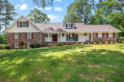 Calhoun Single Family Home For Sale: 407 Woodland Terrace