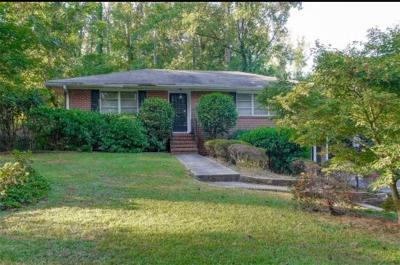 Northlake Single Family Home For Sale: 1955 Clairmont Terrace