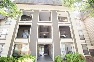 Pine Hills Condo/Townhouse For Sale: 2657 Lenox Road NE #218