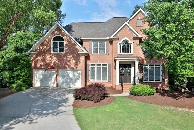 Suwanee Single Family Home For Sale: 670 Rosebury Lane
