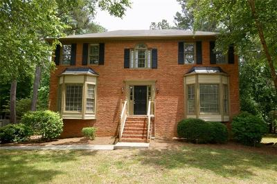 Roswell Single Family Home For Sale: 1518 Tennessee Walker Drive NE