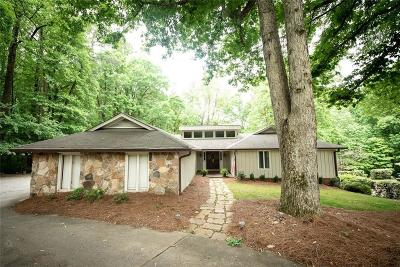 Roswell Single Family Home For Sale: 800 Brookfield Parkway