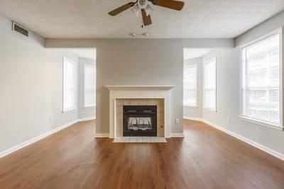 Old Fourth Ward Condo/Townhouse For Sale: 301 McGill Park Avenue NE #301