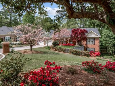 Dunwoody Single Family Home For Sale: 2922 Four Oaks Drive