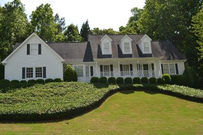 Buford Single Family Home For Sale: 3720 Quail Creek Drive