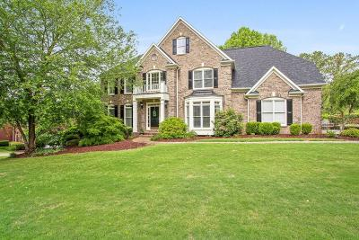 Woodstock Single Family Home For Sale: 272 River Laurel Way