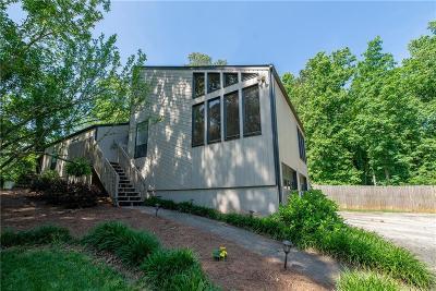 Marietta Single Family Home For Sale: 2548 Kingsley Drive NE