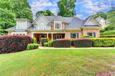 Roswell Single Family Home For Sale: 5035 Huntwood Way