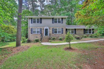 Snellville Single Family Home For Sale: 2261 Sussex Court