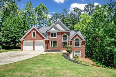 Marietta Single Family Home For Sale: 4064 Charrwood Trace