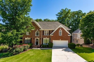 Alpharetta Single Family Home For Sale: 6750 Crofton Drive