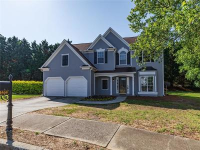 Single Family Home For Sale: 3505 Berwick South Drive