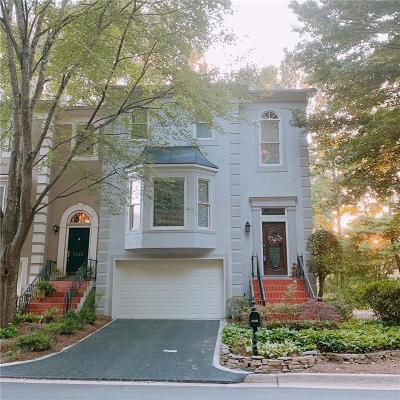 Alpharetta GA Condo/Townhouse For Sale: $299,999